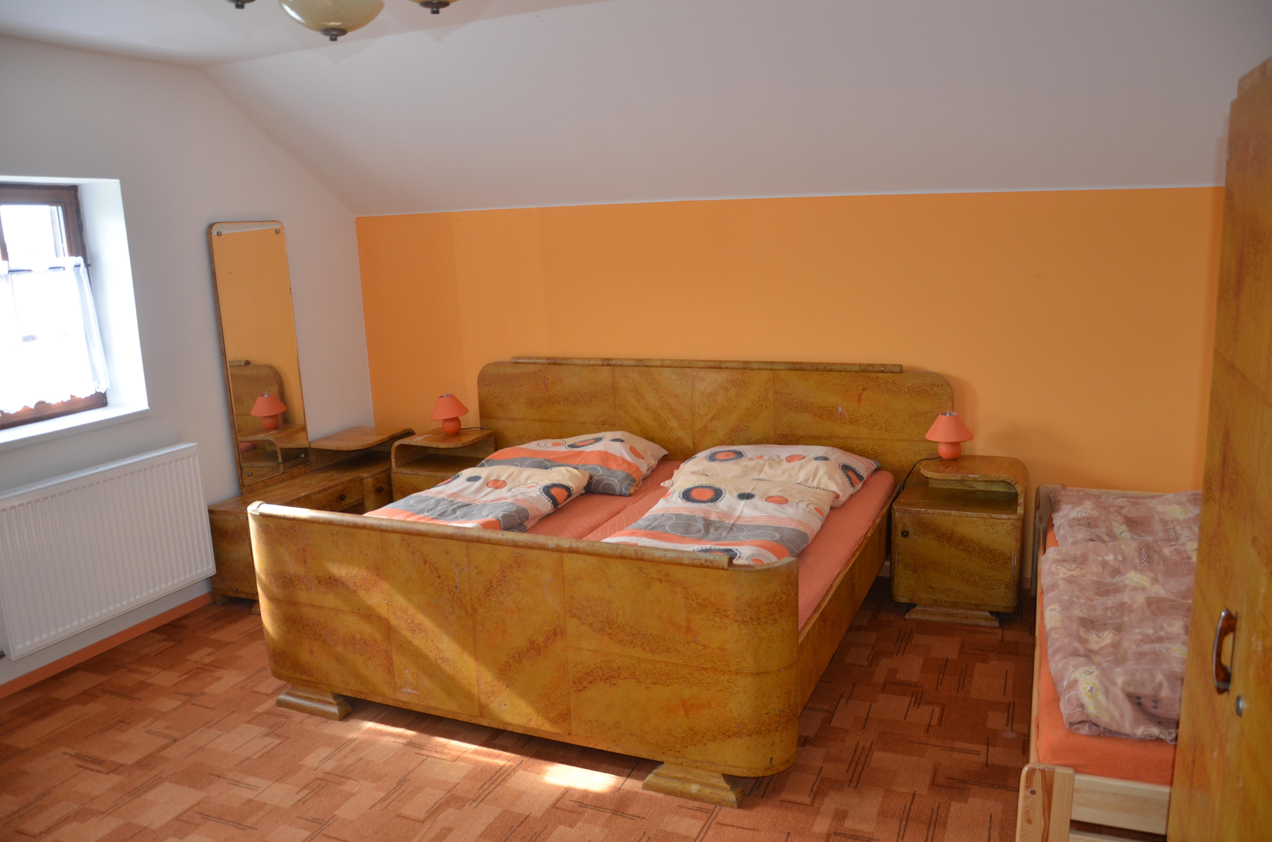 Pokoj 4 postel